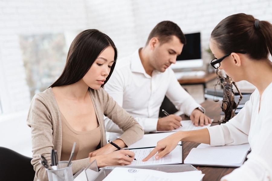 Divorce Lawyer female